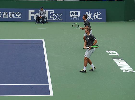 上海劳力士大师赛:德约科维奇双打击败法网冠军 晋级男双16强